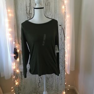 a.n.a scoopneck long sleeve olive green t-shirt